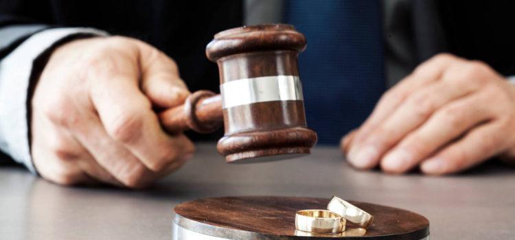 Kiedy sąd orzeknie rozwód z orzekaniem o winie – przesłanki orzeczenia rozwodu z orzekaniem o winie.